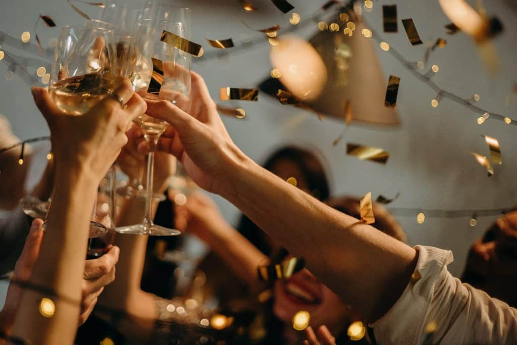 people toasting wine glasses 3171837 1